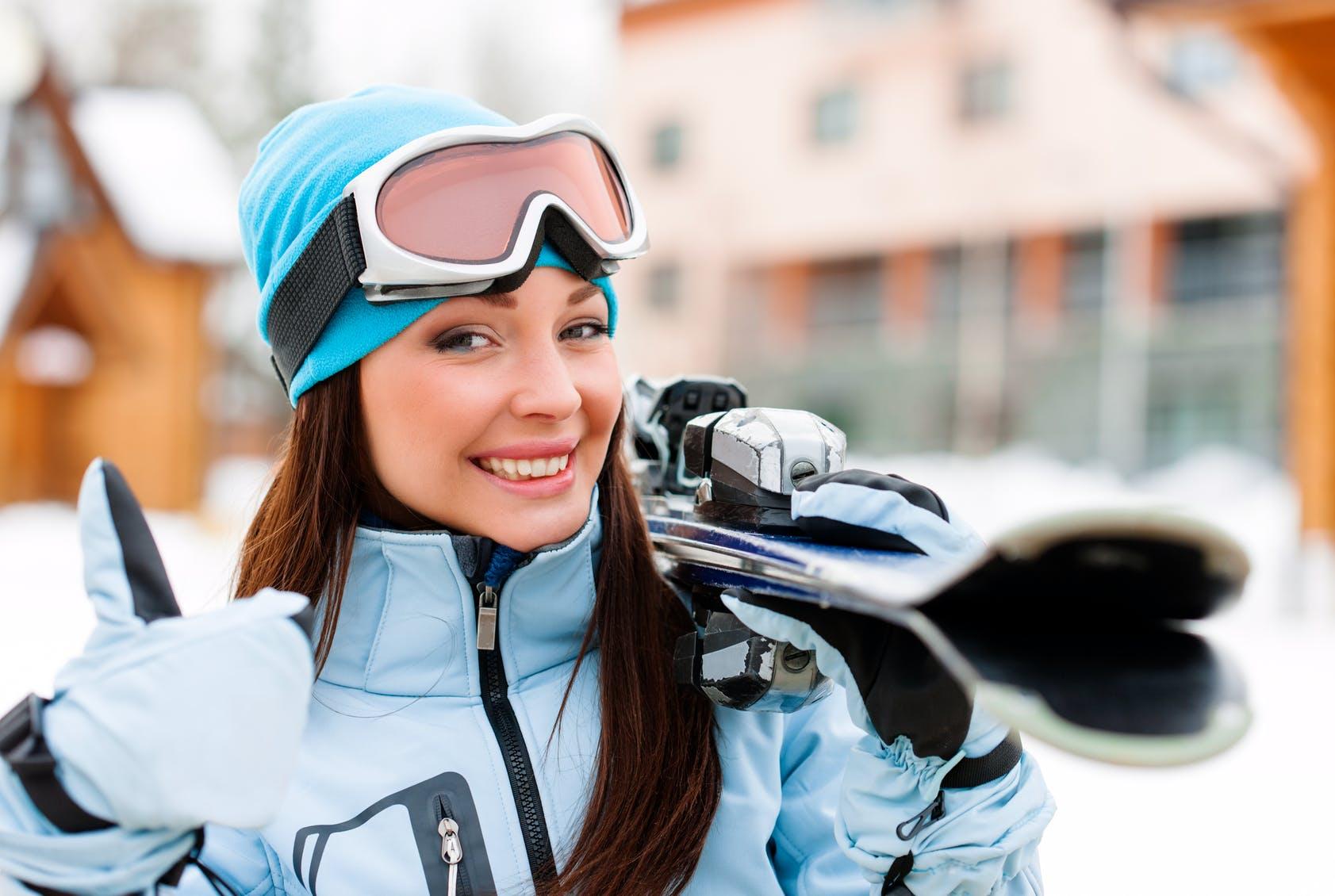 skiing_226263457